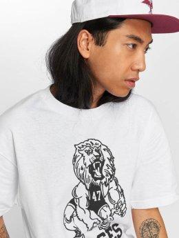 LRG T-Shirt 47 Savages white