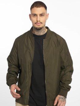 Urban Classics Lightweight Jacket Light green