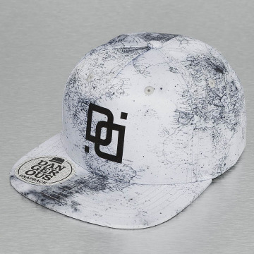 Dangerous DNGRS Snapback Cap Map white