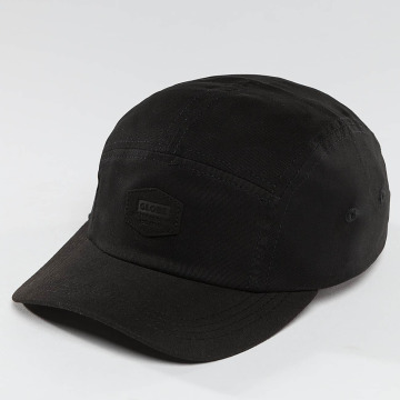 Globe 5 Panel Cap Staple black