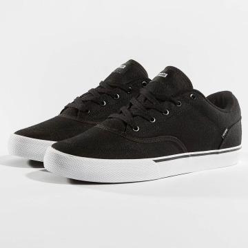 Globe Sneakers Tribe black