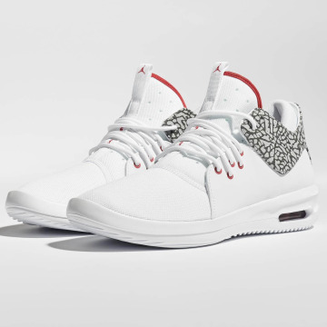 Jordan Sneakers First Class white