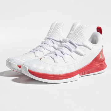Jordan Sneakers Ultra Fly 2 Low Basketball white