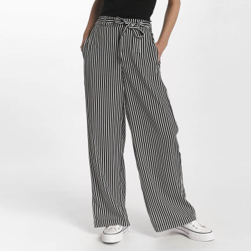 Pieces Chino pants pcJose black