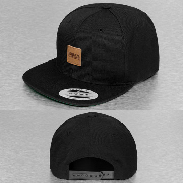 Urban Classics Snapback Cap Leather Patch black