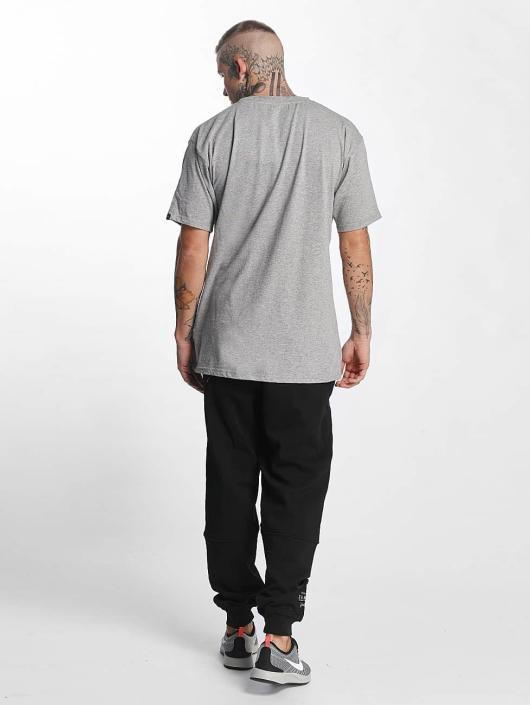 Grimey Wear T-Shirt The Gatekeeper gray