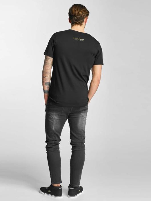 Hands of Gold T-Shirt Chillin black