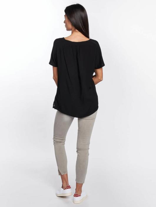 Mavi Jeans T-Shirt V-Neck black