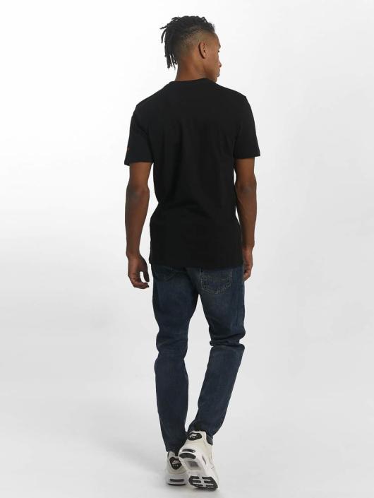 New Era T-Shirt Team Logo NY Knicks black