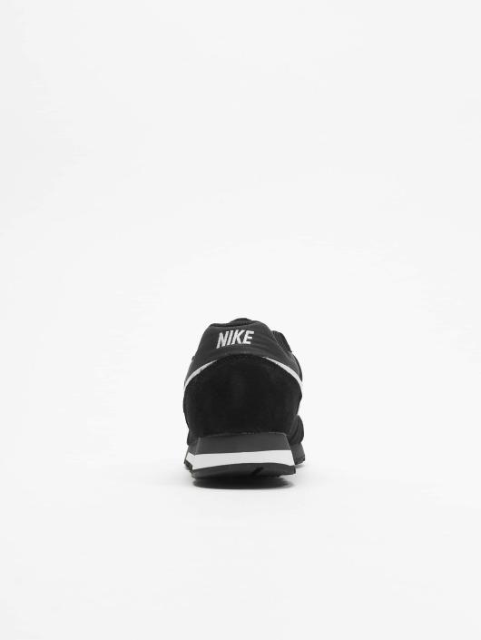 Nike Sneakers MD Runner 2 black