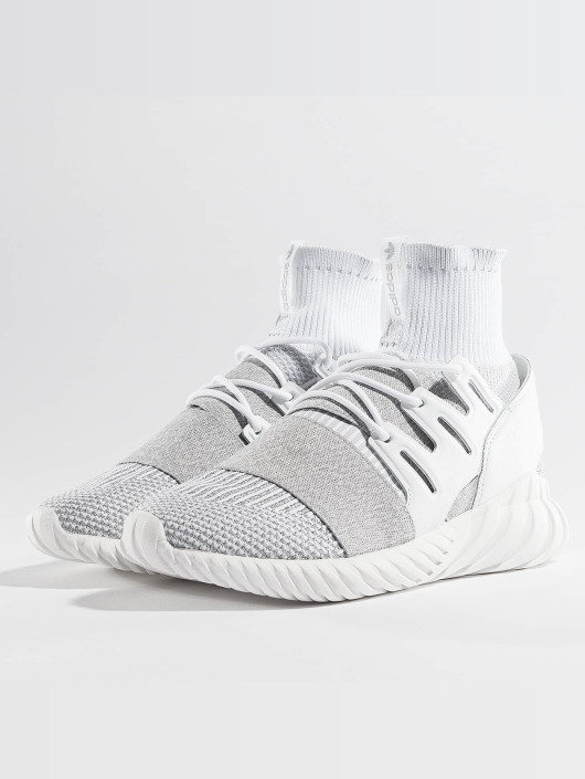 adidas originals Sneakers Tubular Doom PK white