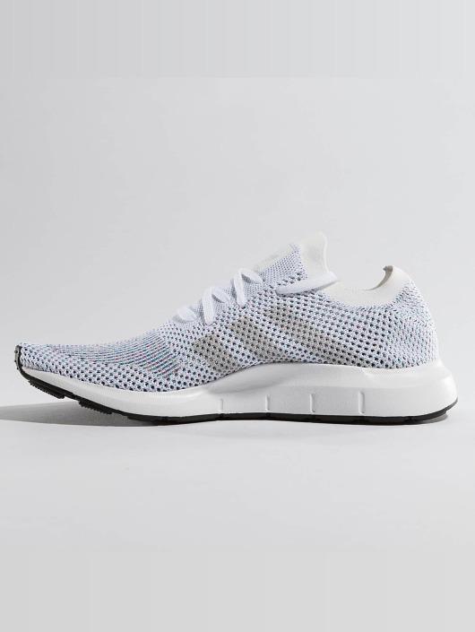 adidas originals Sneakers Swift Run white