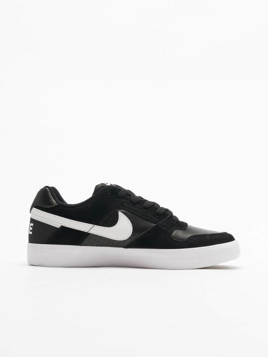Nike Sneakers SB Delta Force Vulc Skateboarding black