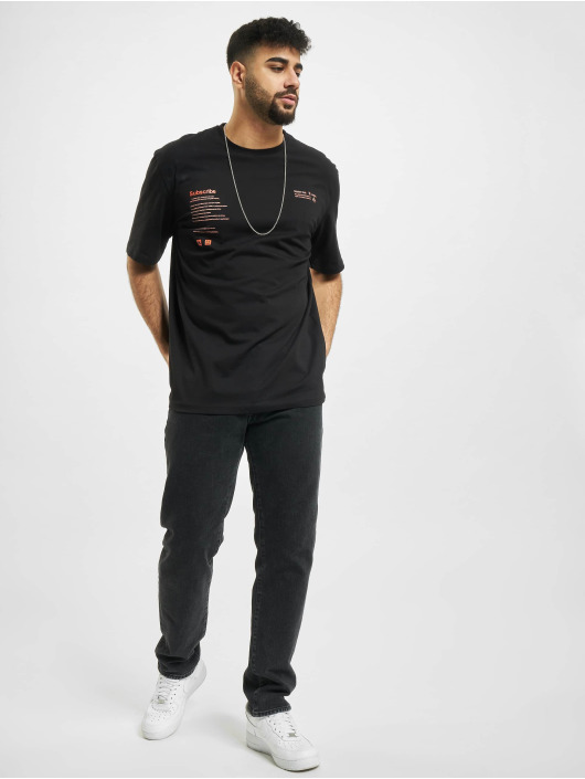 Aarhon T-Shirt Subscribe black