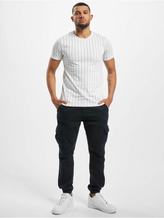 Aarhon T-Shirt Pinstripe white