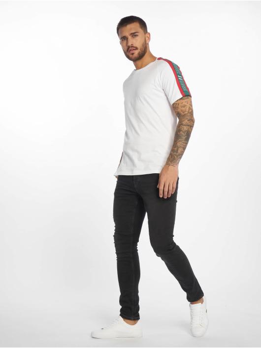 Criminal Damage T-Shirt Ams white