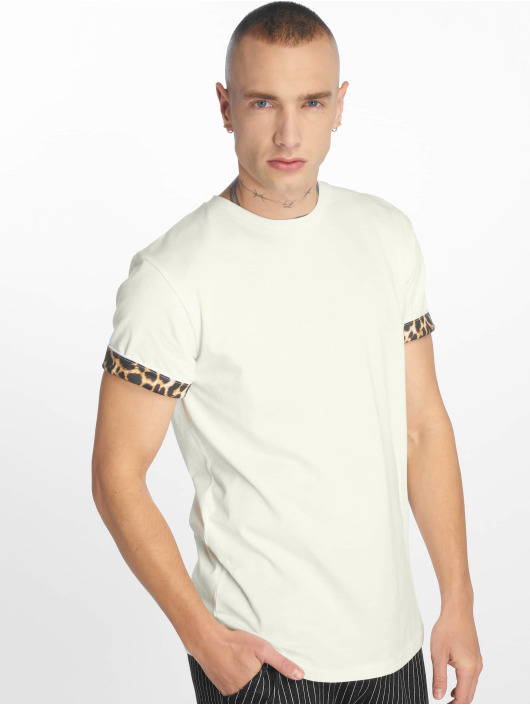 Criminal Damage T-Shirt Leo white