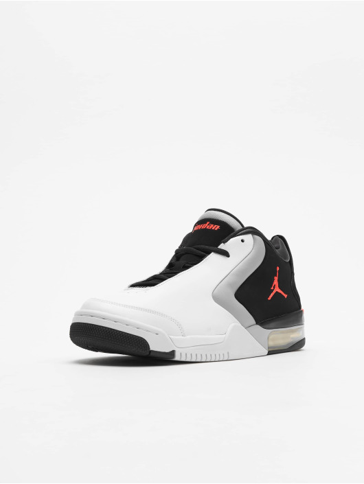 Jordan Sneakers Big Fund white