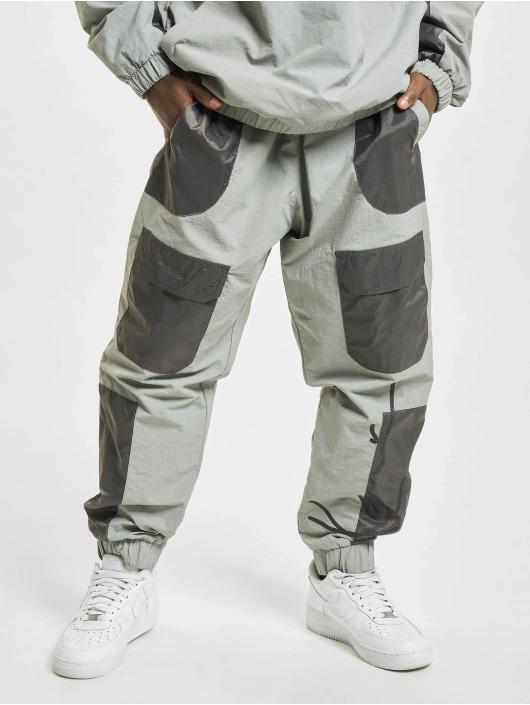 Karl Kani Cargo pants Signature Block gray