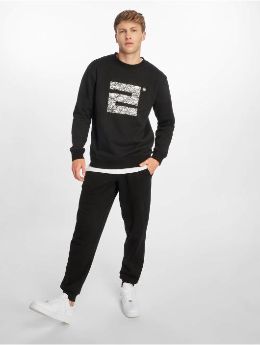 Lifted Pullover Hana black