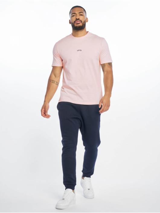 Lifted T-Shirt Leach rose