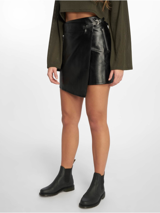 Missguided Skirt Buckle Strap PU black