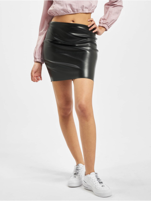 Missguided Skirt Price Point Faux Leather black