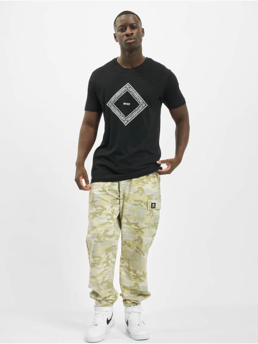 Mister Tee T-Shirt Bandana Shape Pray black
