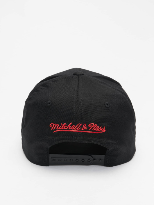 Mitchell & Ness Snapback Cap NBA Chicago Bulls Neon Lights black