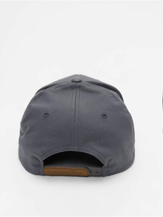 Mitchell & Ness Snapback Cap Sporting Goods gray