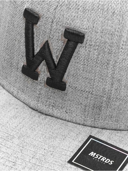 MSTRDS Snapback Cap W Letter gray