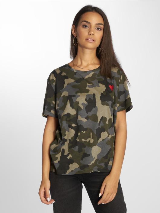 NA-KD T-Shirt Heart camouflage