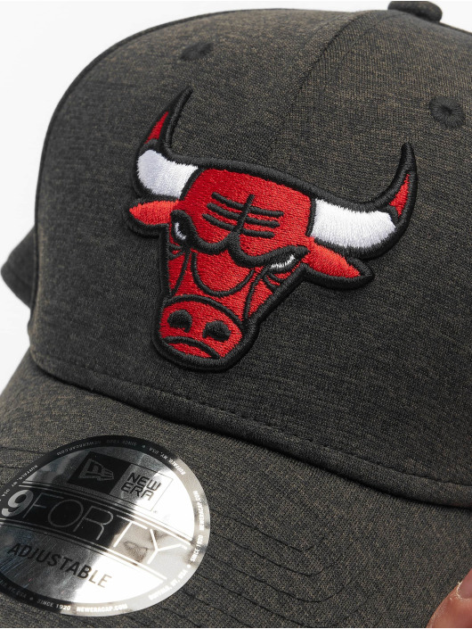 New Era Snapback Cap NBA Chicago Bulls Shadow Tech 9Forty gray