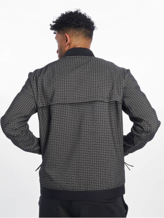 Nike Lightweight Jacket Tech Pack Grid black
