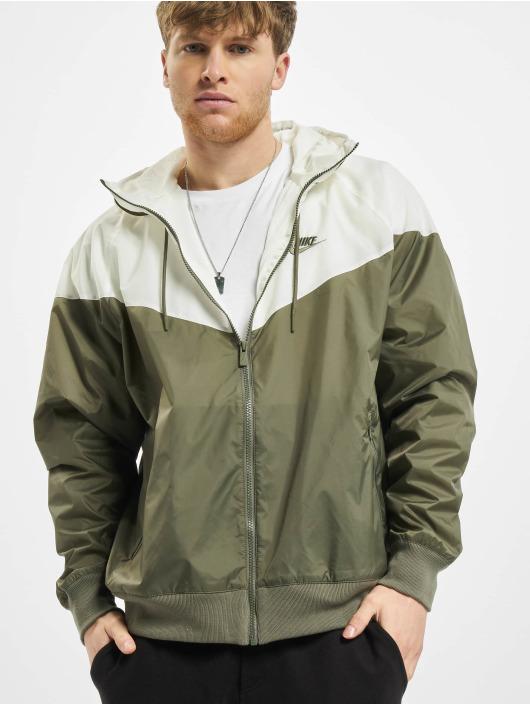 Nike Lightweight Jacket Windrunner green
