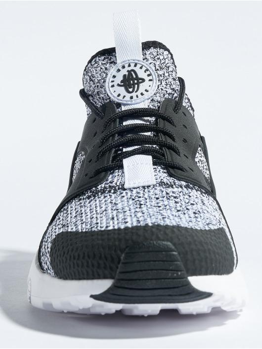 Nike Sneakers Air Huarache Run Ultra Se black