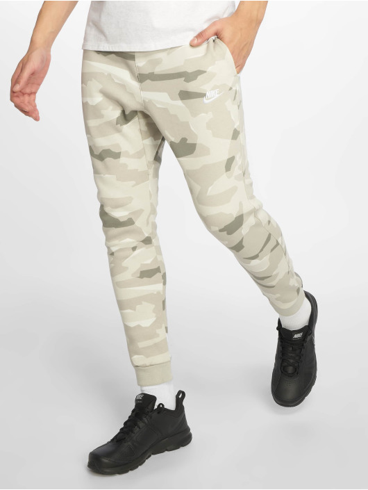 Nike Sweat Pant Sportswear green