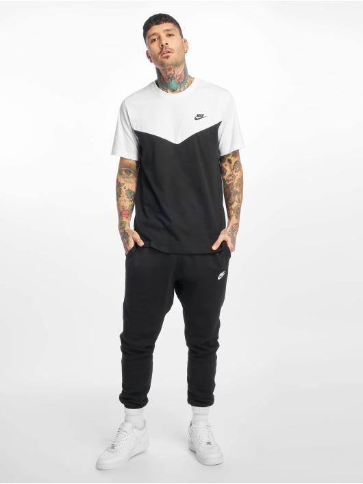 Nike T-Shirt Club WR black