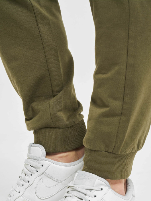 Only & Sons Cargo pants onsKian Kendrick olive