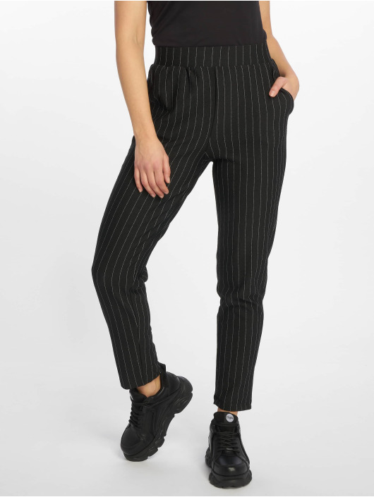 Pieces Chino pants pcSammer High Waist Cropped black