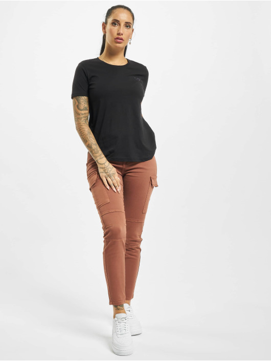 Stitch & Soul T-Shirt Hearted black