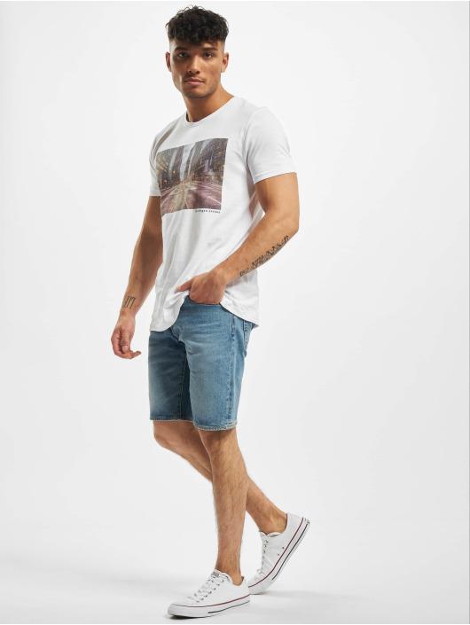 Stitch & Soul T-Shirt Adventure white