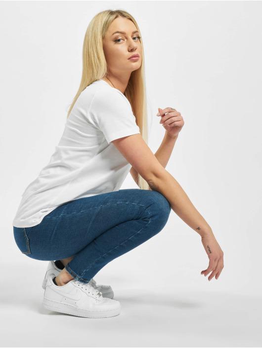Sublevel T-Shirt Susi white