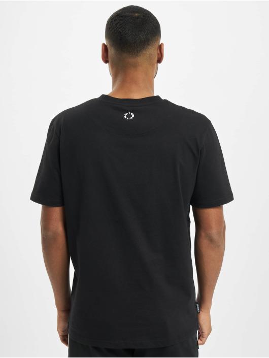 UNFAIR ATHLETICS T-Shirt Family Business black