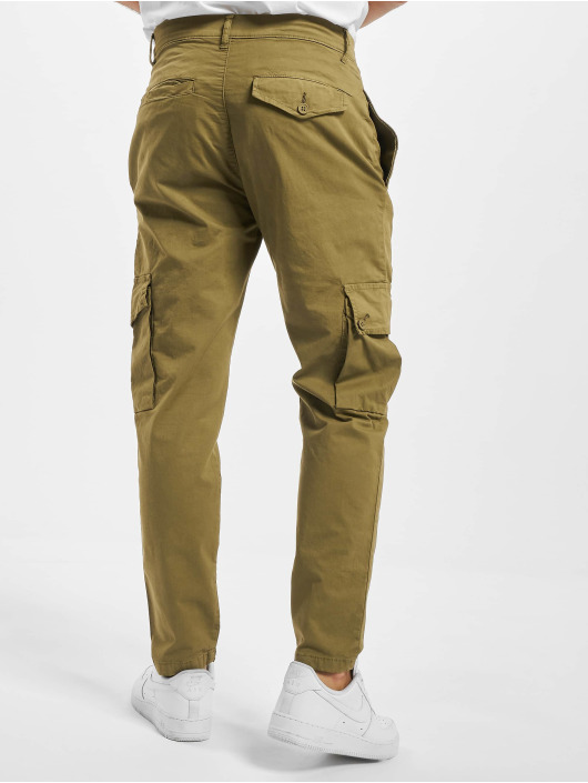 Urban Classics Cargo pants Tapered olive