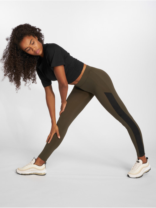 Urban Classics Leggings/Treggings Jacquard Camo Striped olive
