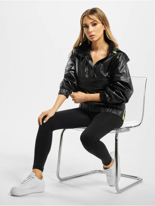 Urban Classics Lightweight Jacket Ladies Vanish Crinkle black