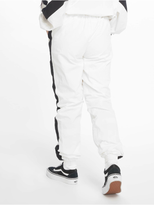 Urban Classics Sweat Pant Striped Crinkle white