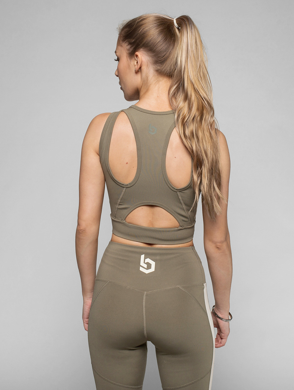Beyond Limits Sports Bra Intense Front Zip khaki