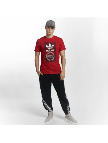 ... vente authentique classique Adidas Originals Langue De Traction Hommes  En Rouge confortable à vendre jwm9XAEyB ... 5275d8243188